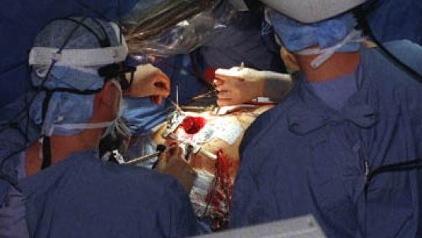 Chirurgen in New York operierten Patientin in Straßburg