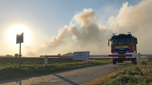 Löschen des Moorbrands kann noch Wochen dauern