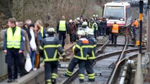 Stundenlanger Stillstand im Bahnverkehr