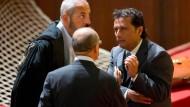 Schettino (rechts), Anwälte