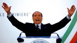 Berlusconi soll Pianisten bestochen haben