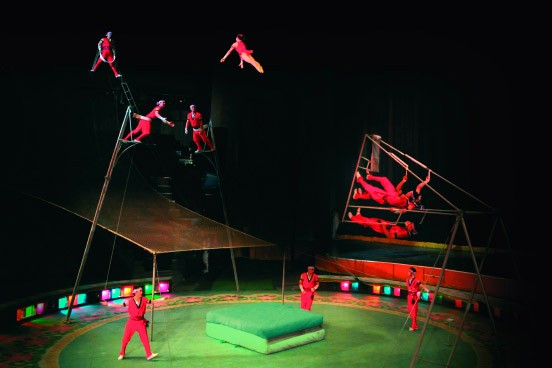 bilderstrecke zu nordkoreanischer zirkus fliegerhelden aus pj ngjang bild 2 von 7 faz. Black Bedroom Furniture Sets. Home Design Ideas