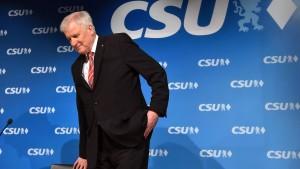 CSU sackt in Bayern-Umfrage weiter ab