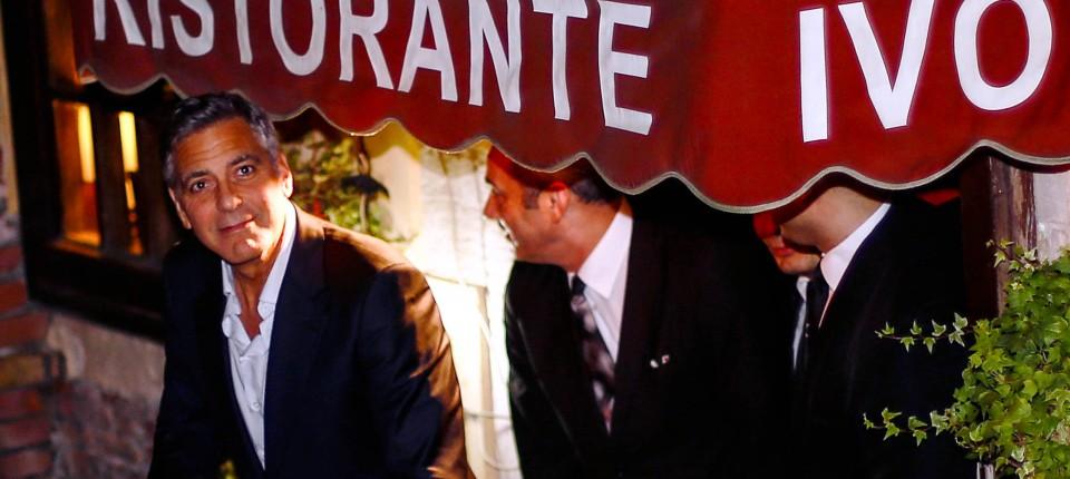 Clooney feiert Junggesellenabschied in Venedig mit Tequila und Zigarren