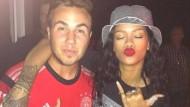 Auch ein Fan des deutschen Teams: Rihanna gratuliert Mario Götze gern persönlich