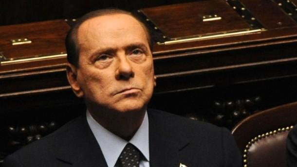 Basta: Berlusconi kündigt Rücktritt an