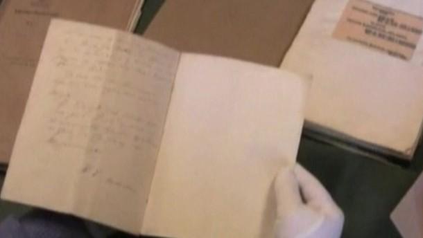 In einer alten Kiste hat ein dänischer Historiker ein bisher unentdecktes Märchen von Hans Christian Andersen gefunden.