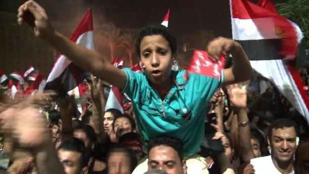 Mursi entmachtet - Jubel in Ägypten, Sorge im Westen