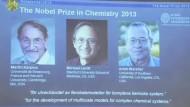 Chemiker Karplus, Levitt und Warsehl teilen sich höchste Auszeichnung.