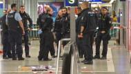 Polizeieinsatz unmittelbar nach der Messerstecherei
