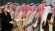 Warum manche Muslime den Handschlag verweigern