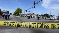 Die Polizeiabsperrung in St. Louis: Hier soll abermals ein Schwarzer von der Polizei erschossen worden sein