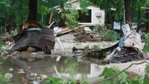 Mindestens 18 Tote nach Sturzflut auf Campingplatz