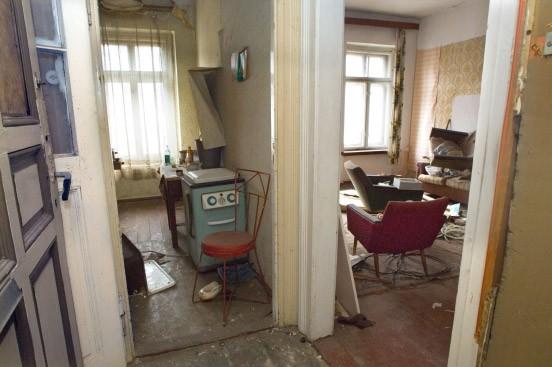 in einer leipziger wohnung lebt die ddr weiter. Black Bedroom Furniture Sets. Home Design Ideas