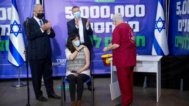 Schwangere Israelin erhält fünfmillionste Erstimpfung