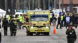 Neun Menschen sterben bei Anschlag auf Polizeischule