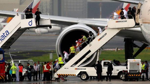 Entwarnung nach Großeinsatz am Flughafen Manila