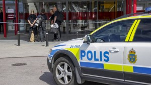 Mann ersticht zwei Menschen in Ikea-Möbelhaus