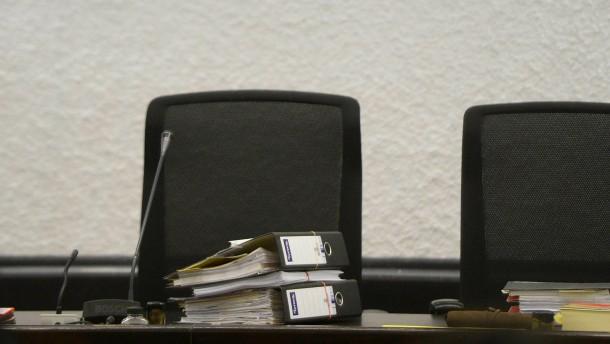 Das Urteil des Landgerichts Stuttgart will der Vater des Täters nicht hinnehmen.