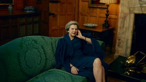 Theresa May in undurchdringlicher Aura