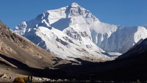 13 Jahre altes Mädchen bezwingt Mount Everest