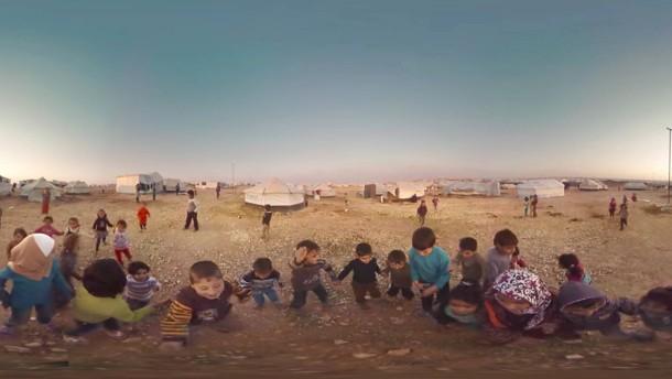 In den Schuhen von Flüchtlingen