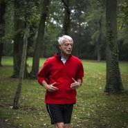 Fit als Senior: Werner Sonne in dieser Woche beim Joggen in einem Park in Berlin-Steglitz