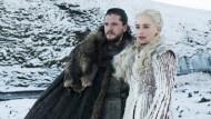 Perfekte Frisuren, aparte Kostüme: Jon Schnee (Kit Harington) und Daenerys Targaryen (Emilia Clarke) könnten einen Kaffee gebrauchen.