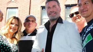 Straßenparty in Brooklyn mit John Travolta