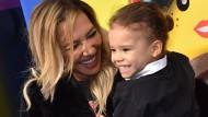 Die verstorbene Naya Rivera mit ihrem Sohn bei einer Filmpremiere in 2019.