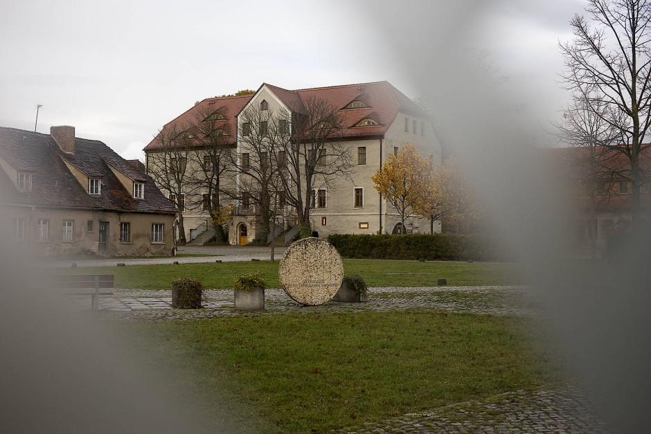Das Leben im Kloster Helfta beschreibt sie in ihrem Blog.