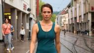 Freiburg ist ihre Heimat - Anna Bader in der Altstadt