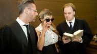Gina-Lisa Lohfink und ihre Anwälte