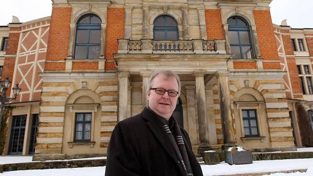 Bayreuther Festspiel-Sprecher Emmerich ist tot