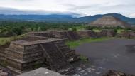 Die Ruinenstadt Teotihuacán in Mexiko: Auf der rechten Seite befindet sich die Sonnenpyramide, auf der der Deutsche starb.
