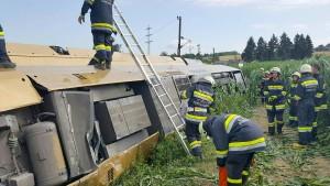 Zwei Schwerverletzte bei Zugunglück in Österreich