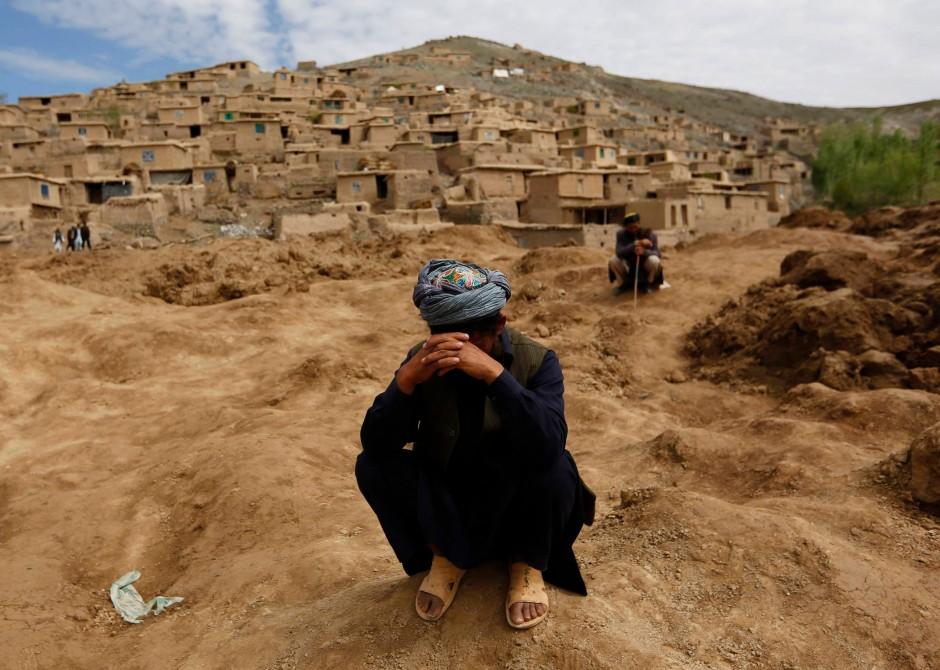 Brief Nach Afghanistan : Afghanistan trauer und wut nach dem erdrutsch