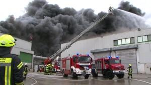 Großbrand bei Wiesenhof gelöscht