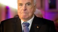 Helmut Kohl auf dem Weg der Besserung