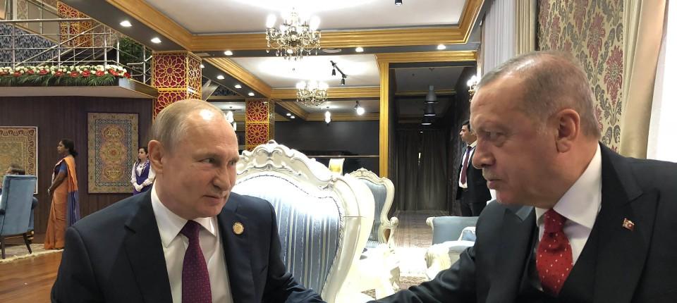 Man kennt sich, vielleicht zu gut: Die Präsidenten Russlands und der Türkei am 15. Juni 2019 in Duschanbe, der Hauptstadt von Tadschikistan.
