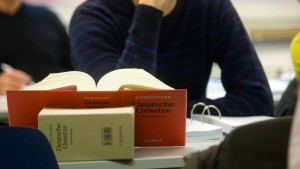 Jurastudenten machen sich nützlich