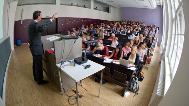 Verband fordert mehr Professuren