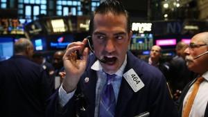 Dow Jones schließt nach Höhenflug wieder mit Verlusten