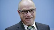 Martin Stratmann von der Max-Planck-Gesellschaft im Interview.