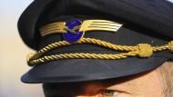Eindeutig zu erkennen: Lufthansa-Pilot