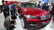 Wie der Kurssturz deutsche Autobauer bedroht
