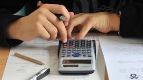 """Kolumne """"Mein Urteil"""": Muss ich Bildungskosten nachzahlen, wenn ich die Firma wechsle?"""
