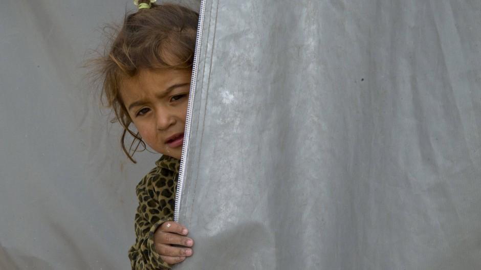 Ein syrisches Mädchen aus Kobane in einem Flüchtlingscamp an der türkisch-syrischen Grenze.