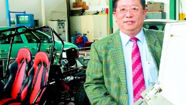 Professor Wang bastelt nicht