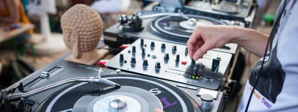 Staatlich geprüfter DJ? Nicht ganz. Aber Sampling kann man neuerdings immerhin in einem Seminar an der Leuphana-Universität in Lüneburg studieren.